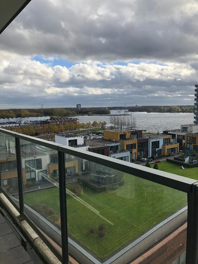 Private: 3 room apartment for rent in city center Almere